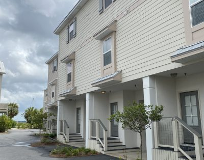 Riverfront Upscale Townhome!